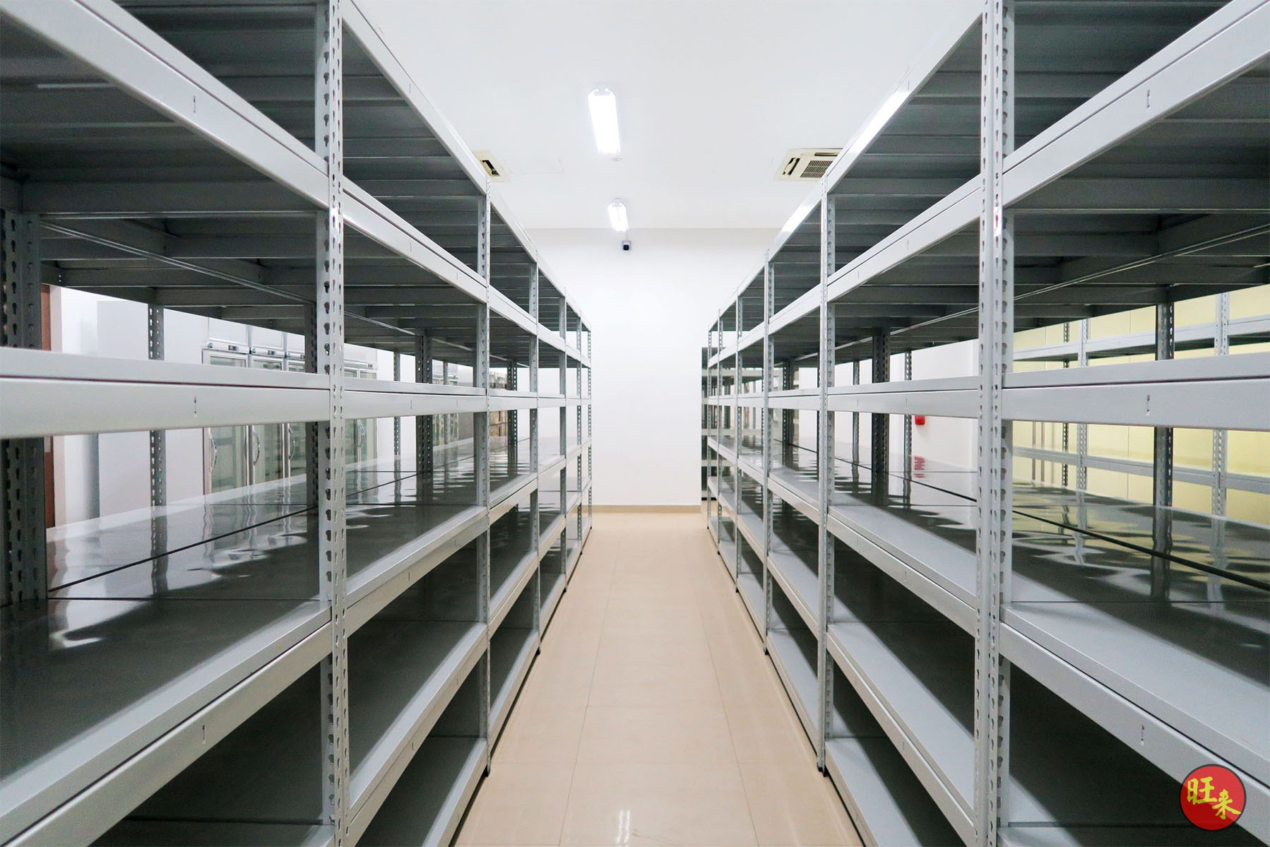 Recommended to use Boltless Value Racks for: ❖ Bomb Shelter ❖ Store Rooms ❖ Office ❖ Retail ❖